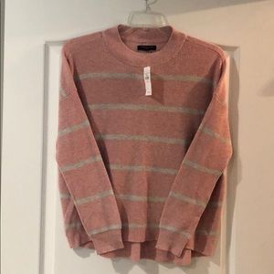 NWT American Eagle lightweight sweater